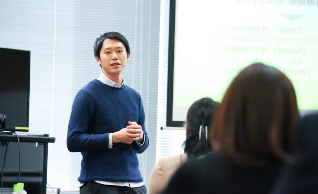 講演中の画像_USD清水亮介氏