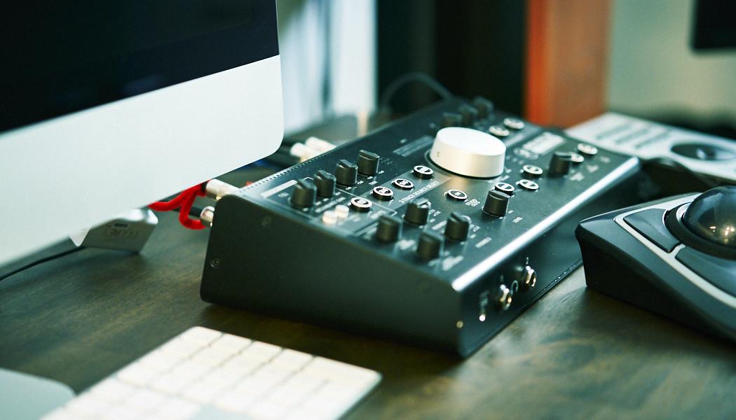 スタジオの機械
